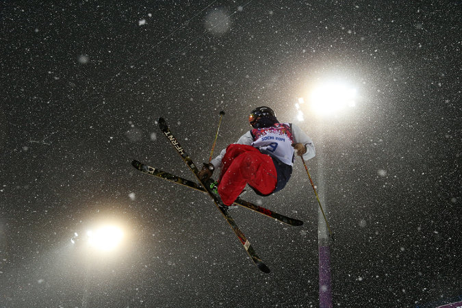 David Wise, high above the deck in a qualifying run this morning. Photo courtesy of the NY Times